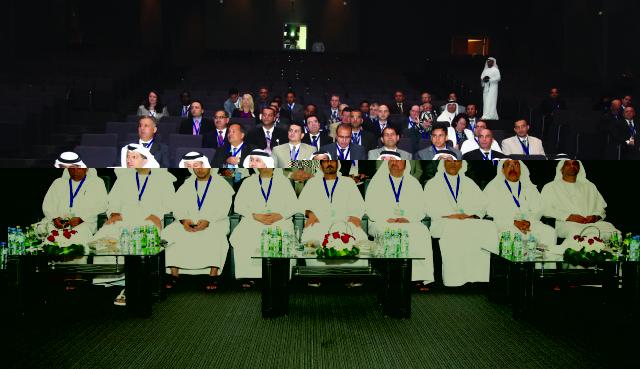 التربية تشكل 6 لجان عمل لتطوير التعليم في الإمارات