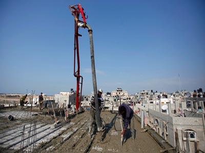 خطر التوقف يهدد المشاريع القطرية في غزة