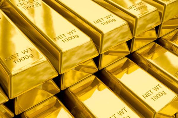الذهب يرتفع مع تراجع الدولار لأدنى مستوياته