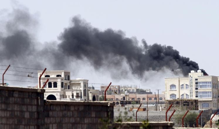 الحوثيون يسيطرون على مقر القيادة العامة للجيش اليمني
