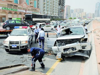 الشارقة: 4 وفيات في حوادث مرورية وغرق وانتحار خلال العيد