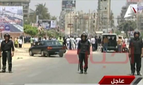 مقتل ضابطي شرطة في انفجارين قرب الاتحادية بالقاهرة