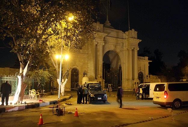 مقتل شخصين وإصابة آخرين في انفجار قنبلة بالإسكندرية