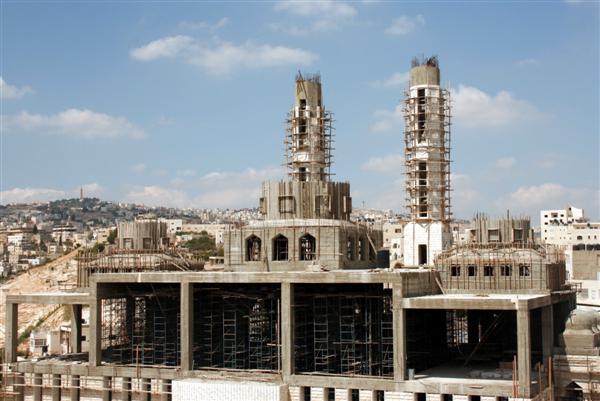 الإمارات تبني ثاني أكبر مسجد في فلسطين