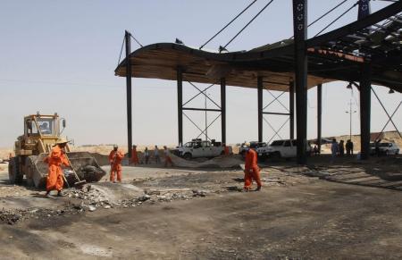 انسحاب القوات العراقية من تكريت بعد تعرضها لانتكاسة كبيرة