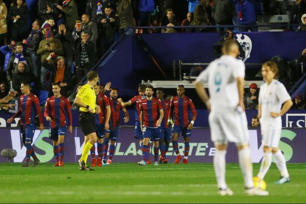 ريال مدريد يواصل ترنحه في الليغا