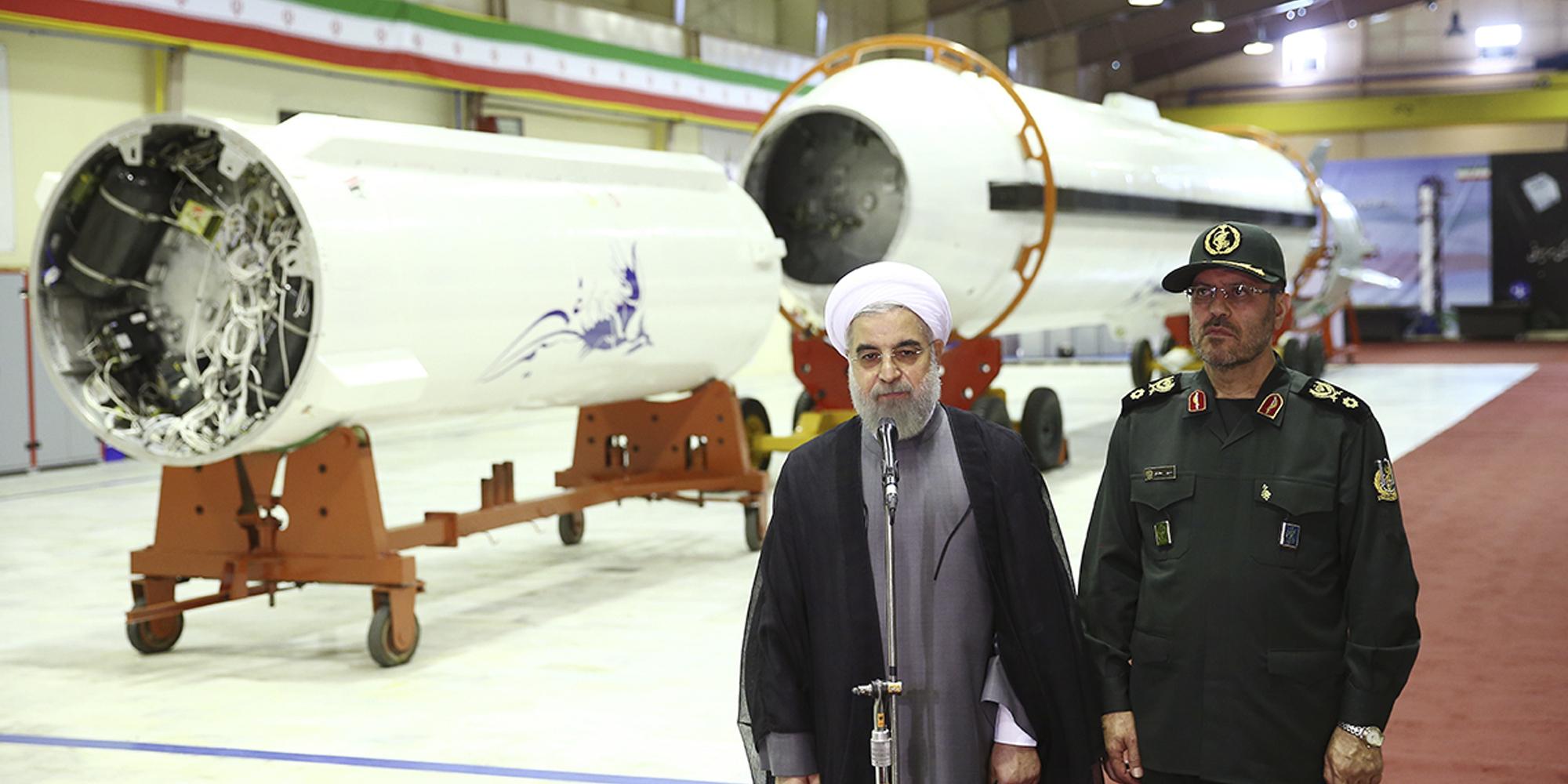 إيران تجري تجارب صاروخية بالستية جديدة