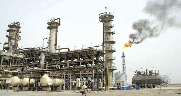 ارتفاع أسعار النفط بعد الضربات الجوية في اليمن