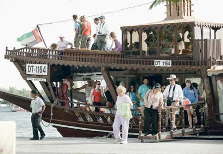 دبي تستحوذ على 20 % من السياحة الدولية إلى المنطقة العربية