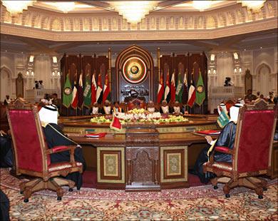 التعاون الخليجي يعتبر ما حدث في اليمن انقلابا