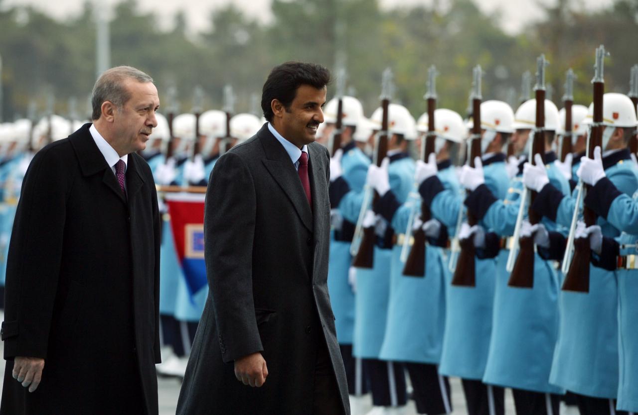 أمير قطر يلتقي أردوغان في زيارة مفاجأة لأنقرة