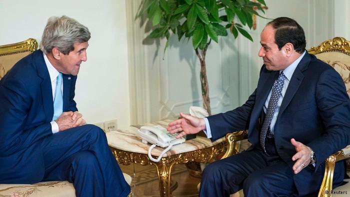واشنطن بوست: كيري يواصل تملقه للسيسي ويتجاهل انتهاكاته لحقوق الإنسان
