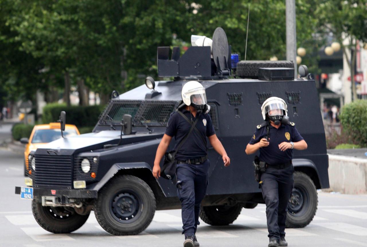 قتيلان وإصابة في هجوم على مركز اقتراع بديار بكر التركية