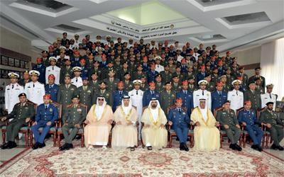 كلية الدفاع الوطني تحتفي بالخريجين من الدورة الأولى