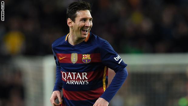 ميسي يقود برشلونة للفوز 4-صفر وأتليتيكو يواصل الملاحقة