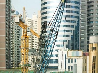 الإمارات الأولى خليجياً في عقود المشاريع خلال النصف الأول من 2014