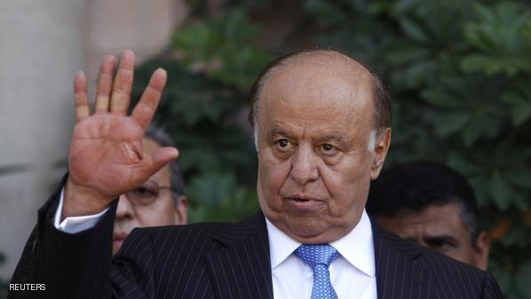 الرئيس اليمني يسحب استقالته ويبحث تشكيل حكومة مصغرة لتسيير شؤون البلاد