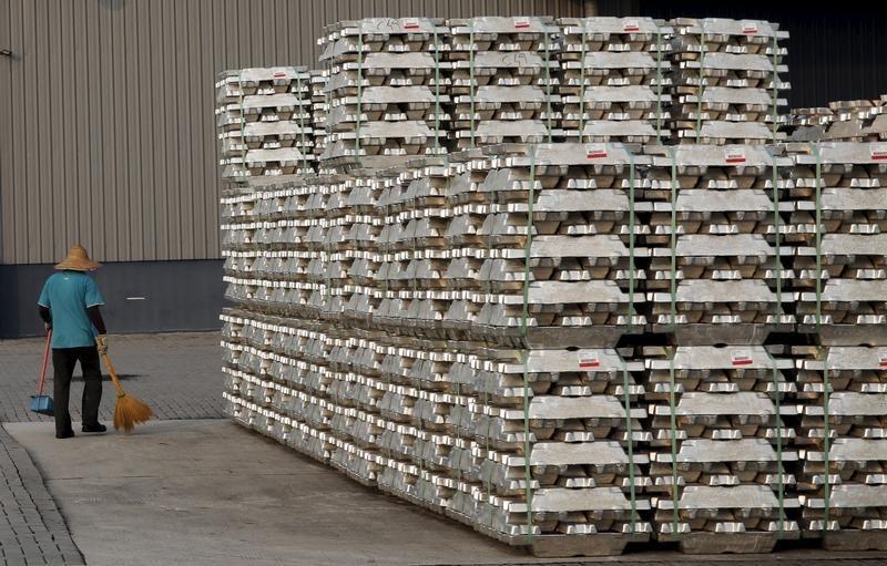 مشروع مشترك بين الإمارات وسنغافورة لتصنيع منتجات الألومنيوم في أبوظبي