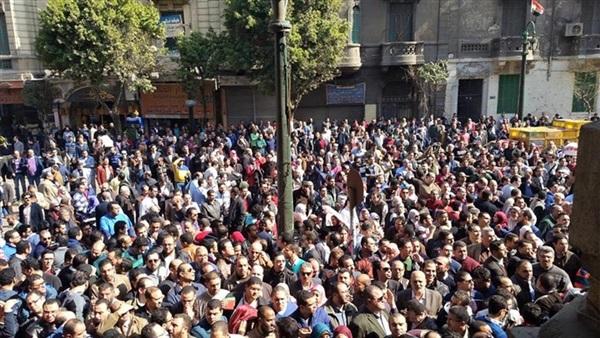 انتفاضة الأطباء في مصر.. رعب النظام وتفاعل المصريين