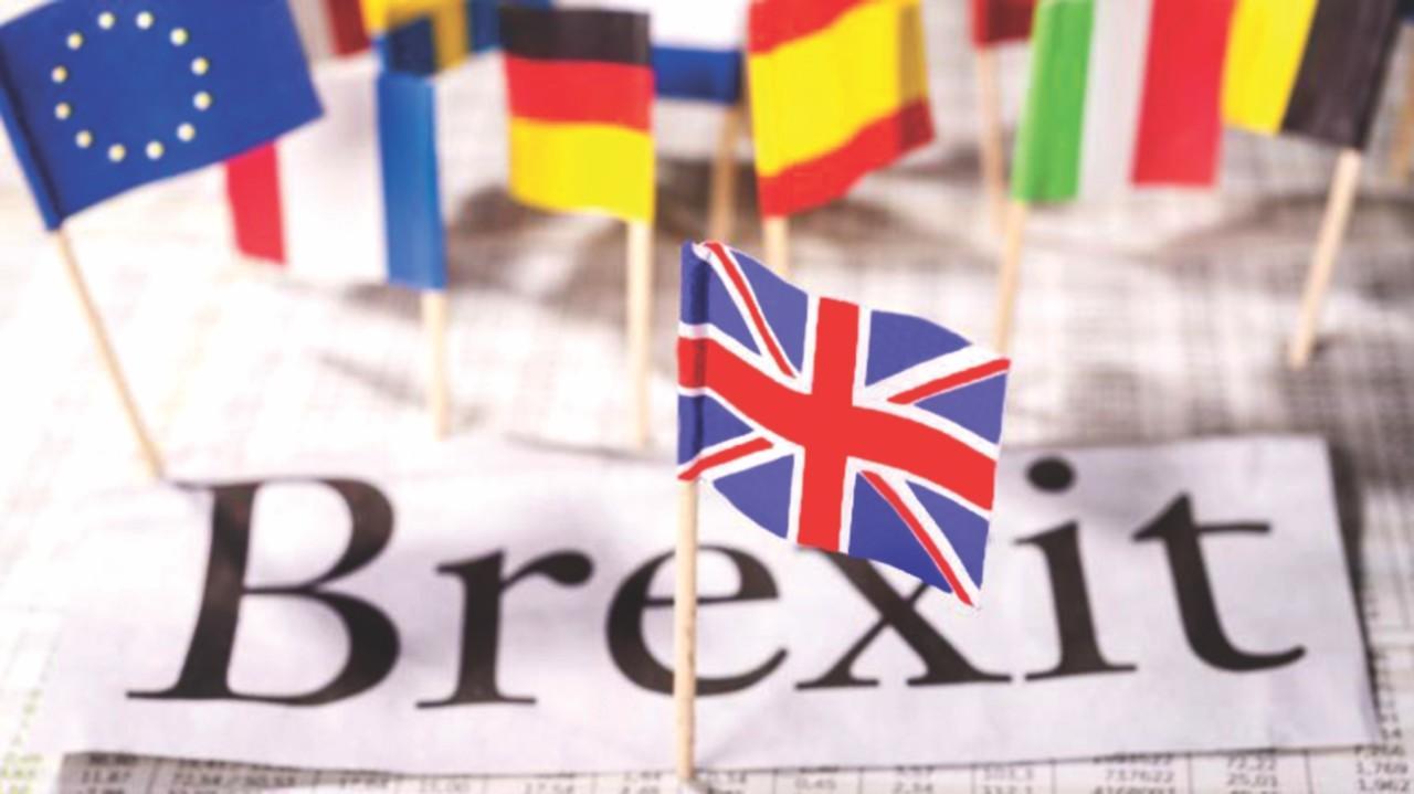 الخزانة البريطانية: غموض في مستقبل الاستثمارات بعد