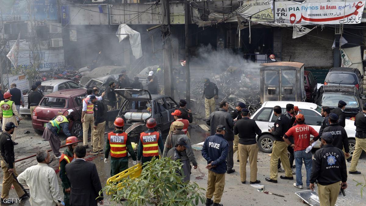 مقتل وإصابة العشرات في تفجير  إرهابي استهدف مدينة لاهور