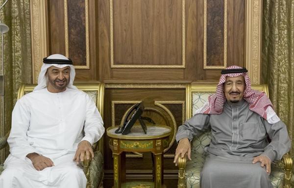 في زيارة مفاجئة.. محمد بن زايد يجري مباحثات في الرياض مع