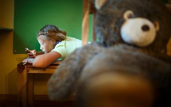 فنلندا ترفع السن الأدنى لاشتراك الأطفال بمواقع التواصل