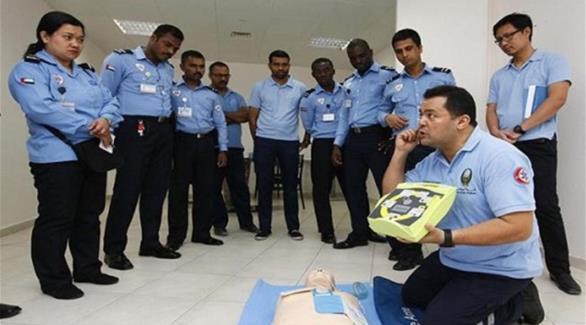 الداخلية تطلق برنامجاً تدريبياً على جهاز الإنعاش