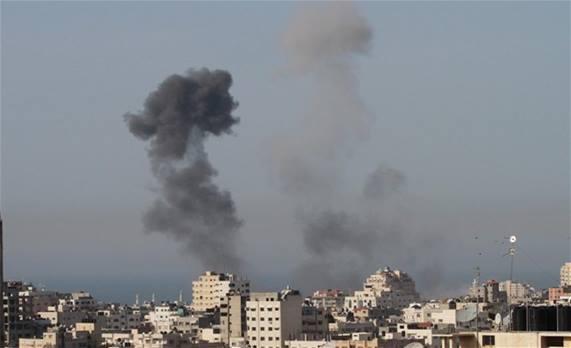 الطيران الإسرائيلي يستهدف موقعين لحماس في قطاع غزة