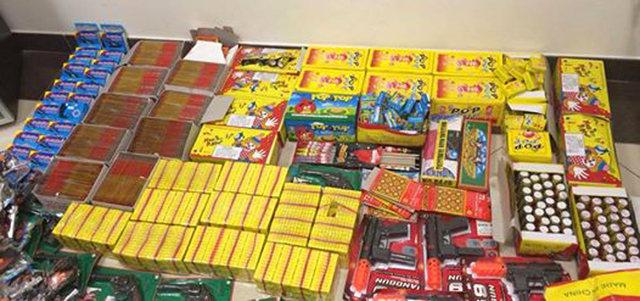 شرطة دبي تضبط 9554 كرتونة ألعاب نارية