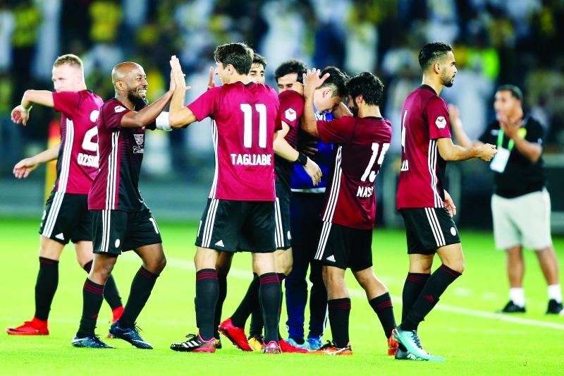 الوحدة يتصدر دوري الخليج العربي بفوزه المثير على الوصل