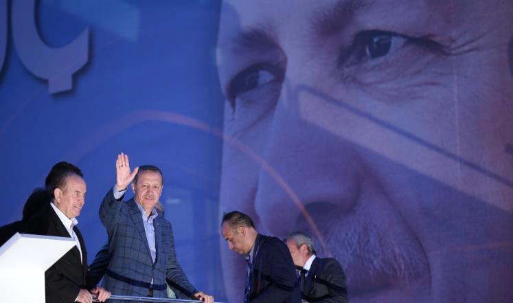 أردوغان يفوز برئاسة تركيا