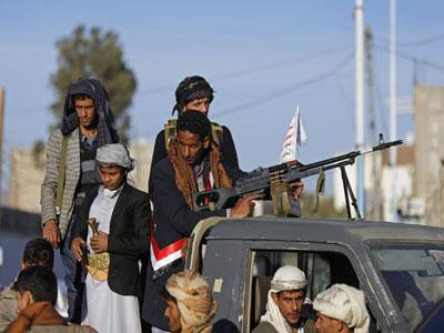 الحوثيون يسعون للسيطرة على النفط وخطوط تصديره إلى العالم