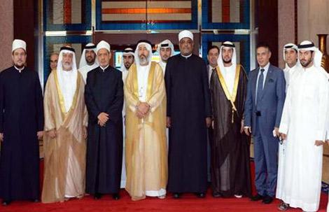 شيخ الأزهر يصل البلاد ويشيد بدور الإمارات في دعم مصر