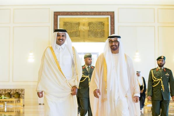 أ ف ب: أبوظبي والدوحة تستثمران مليارات الدولارات بسباق القوة الناعمة