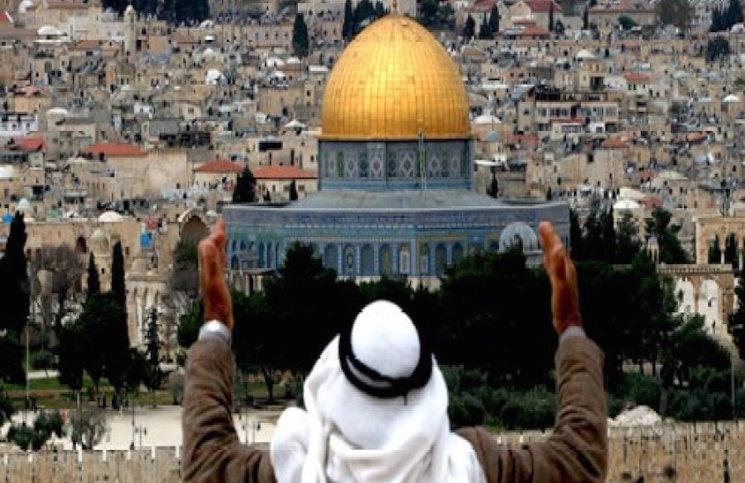 حماس تحذّر من تداعيات من منع إسرائيل رفع الأذان في القدس