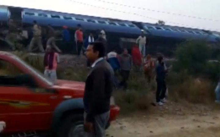 مقتل نحو 60 شخصا في خروج قطار عن القضبان بالهند