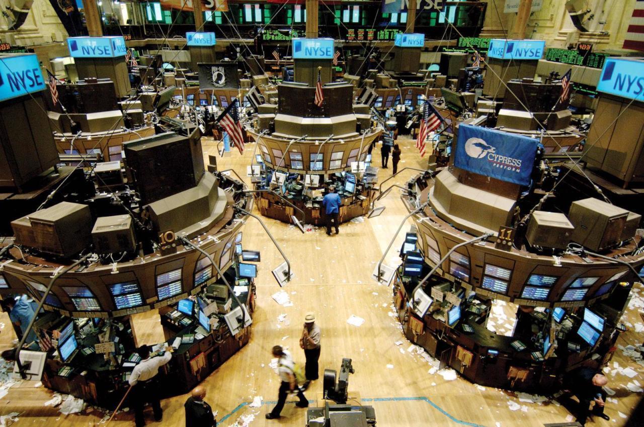 دول الخليج تخفِّض استثماراتها في السندات الأمريكية