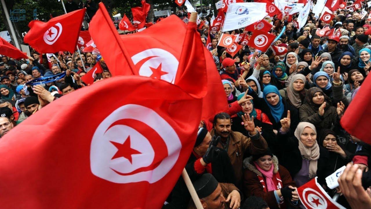 تونس تزيد مساعدات الفقراء 40 مليون دولار في محاولة لوقف التظاهرات