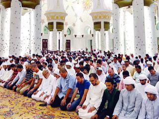 ضيف من بلادي.. مواطنون يؤمون المصلين في رمضان