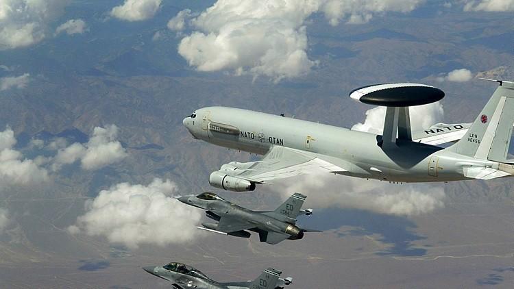 الناتو يتجه لافتتاح مركز استخباراتي بتونس ونشر أواكس في تركيا