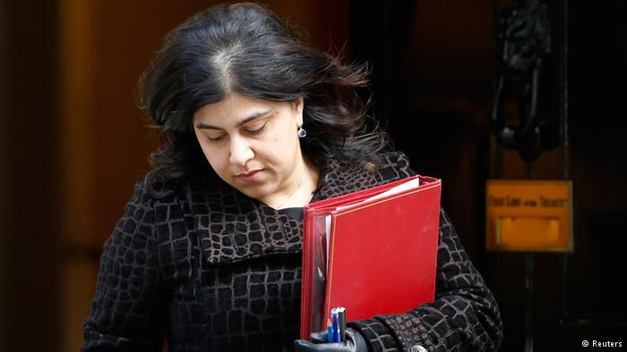 الوزيرة المسلمة في حكومة كاميرون تقدم استقالتها بسبب غزة