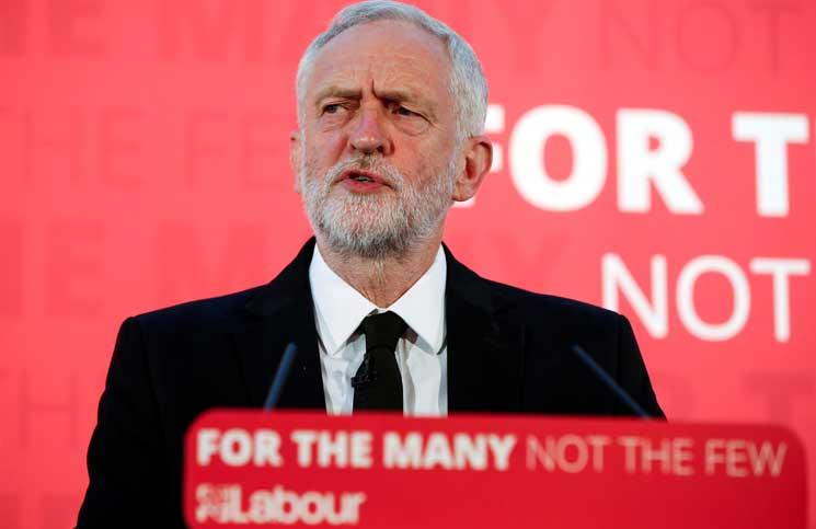"""زعيم حزب العمال المعارض: نحتاج لحديث """"صعب"""" مع السعوديين بعد هجوم لندن"""