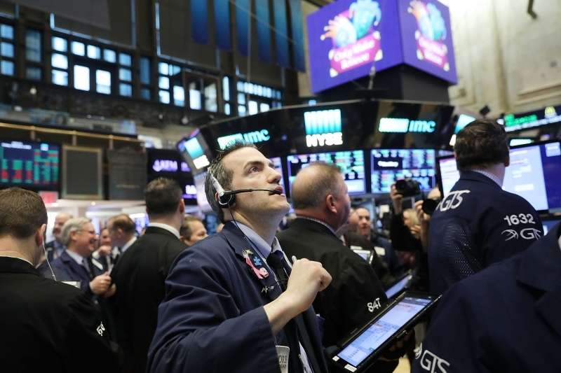 نزوح 24 مليار دولار من صناديق الأسهم الأميركية