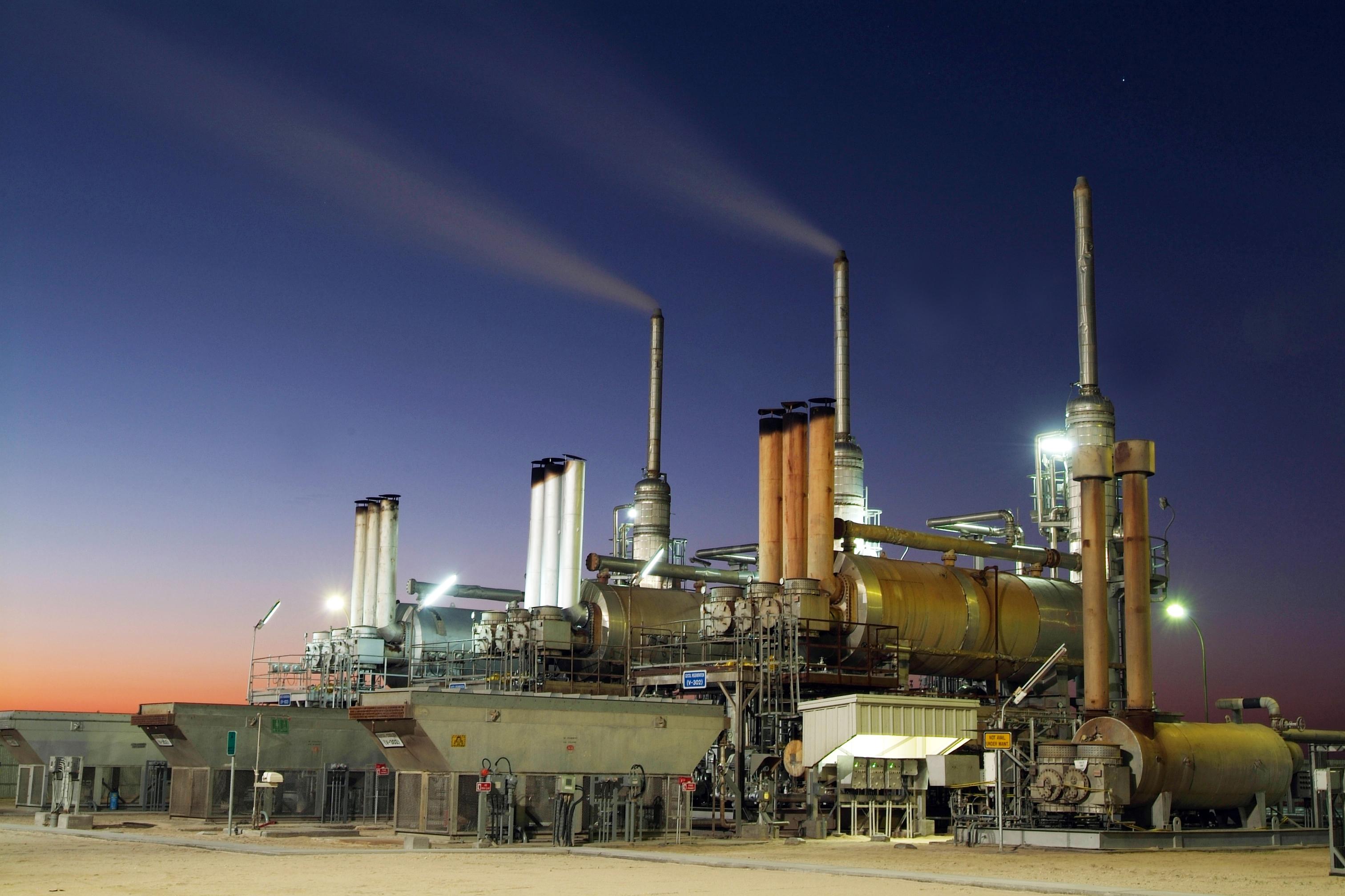 ارتفاع النفط بفعل انحسار المخاوف من الصين و تراجع المخزون الأمريكي
