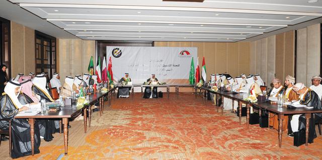 الإمارات تقترح برلمانات خليجية ذكية