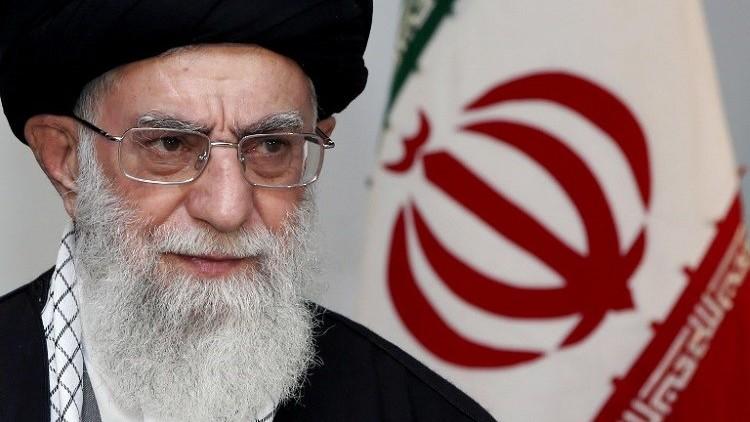 خامنئي: أمن حجاج إيران مسؤولية السعودية