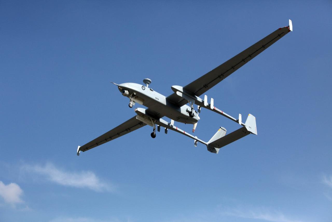 إسرائيل تفشل 3 مرات بإسقاط طائرة استطلاع دخلت الجولان