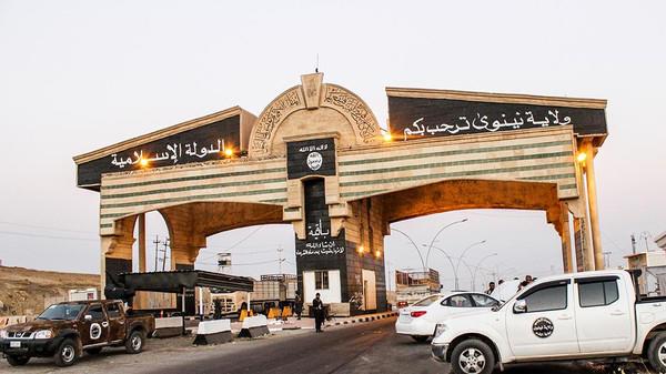 داعش يعدم العشرات في الموصل ويتأهب للهجوم على كركوك