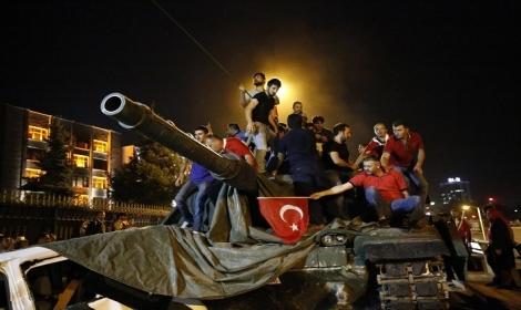 صحف إسرائيلية: الانقلاب قادم في تركيا
